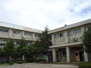 川和高校外観